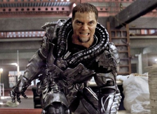 man-of-steel-michael-shannon-600x437-thumb-630xauto-37875