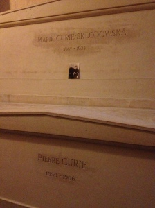 Marie & Pierre Curie, complete with little picture.